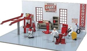 HO Gas Station Kit by Bachmann